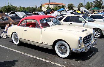 A Ford Comète Monte-Carlo.