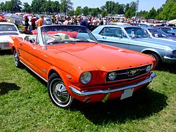 Ford Mustang Cabrio 1966.JPG