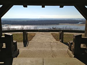 Fort Kaskaskia State Historic Site - Fort's key strategic location overlooking the Mississippi River valley