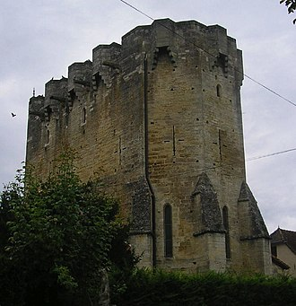 Fortified church - Image: Fort eglise rudelle