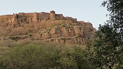 Fort of Ranthambore as visible from Ranthambore National Park.jpg