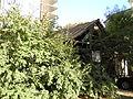 Frantsuzkyi Bulv., 21-Manor-2.JPG