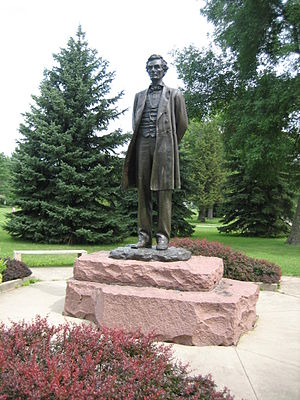Freeport, Illinois - Lincoln the Debater by sculptor Leonard Crunelle, in Taylor Park