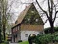 Friedhof Heerstr Verwaltungsgebäude.jpg