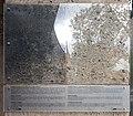 Gedenktafel Platz der Luftbrücke 6 (Temph) Flughafen Tempelhof.jpg