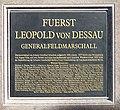 Gedenktafel Zietenplatz (Mitte) Leopold I (Anhalt-Dessau)2.jpg