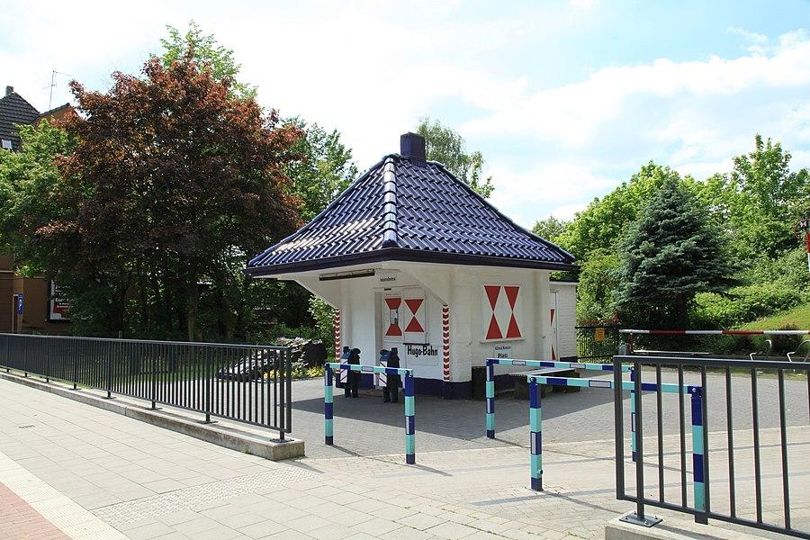 Gelsenkirchen - Horster Straße - Schrankenwärterhaus Hugo-Bahn 03 ies