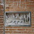 Gevelsteen in de poort naar het binnenterrein - Utrecht - 20329961 - RCE.jpg