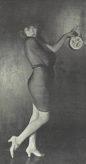Gilda Gray - Gilda Gray in October 1921