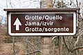 Globasnitz Hemmaberg Wegweiser zur Grotte 11032021 8807.jpg