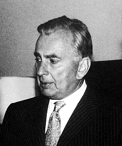 Gore Vidal (c. 1976-1983).jpg