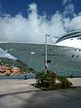 Grandeur of the Seas (31754983552).jpg