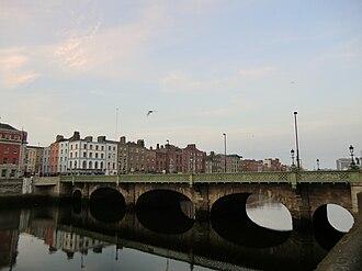 Grattan Bridge - Image: Grattan Bridge 01