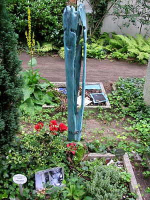 George Tabori - Grave of George Tabori, Dorotheenstadt cemetery in Berlin