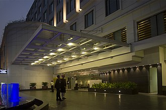 Great Eastern Hotel (Kolkata) - The Lalit Great Eastern Hotel, Entrance