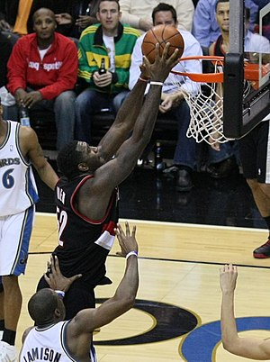 Greg Oden - Oden dunking in a game while with Portland