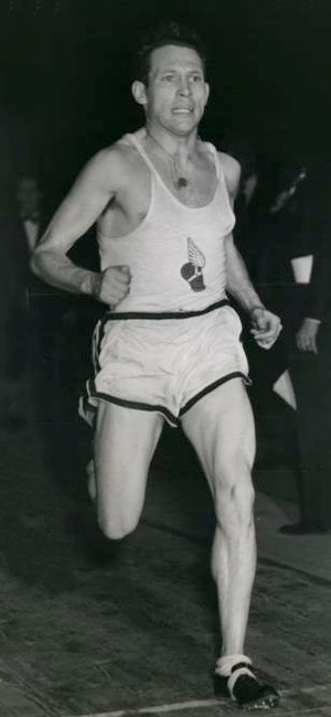Greg Rice (athlete) - Greg Rice in 1943