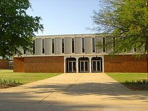 Faulkner University - Gus Nichols Library