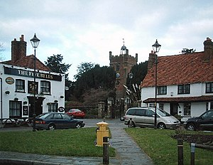 Harmondsworth - Image: Harmondsworth geograph.org.uk 88617