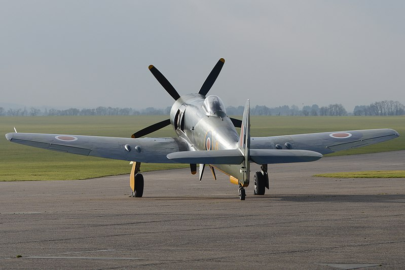 File:Hawker Fury FB.11 'SR661' (G-CBEL) (40123398681).jpg