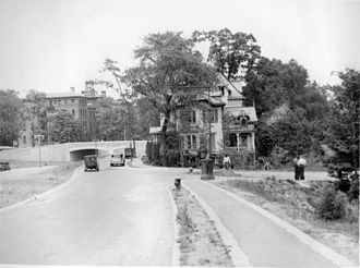 Henry Hudson Parkway - View northward in Riverdale, 1934