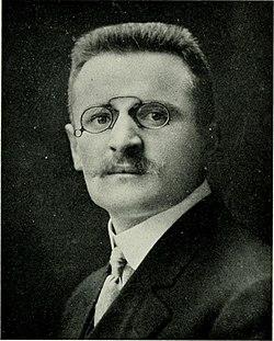 Herbert Lang, leader of Congo Expedition.jpg