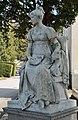 Hietzinger Friedhof - mother of Carl Kundmann 02.jpg