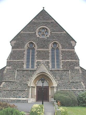 Hugglescote - Image: Hugglescote St John Baptist west