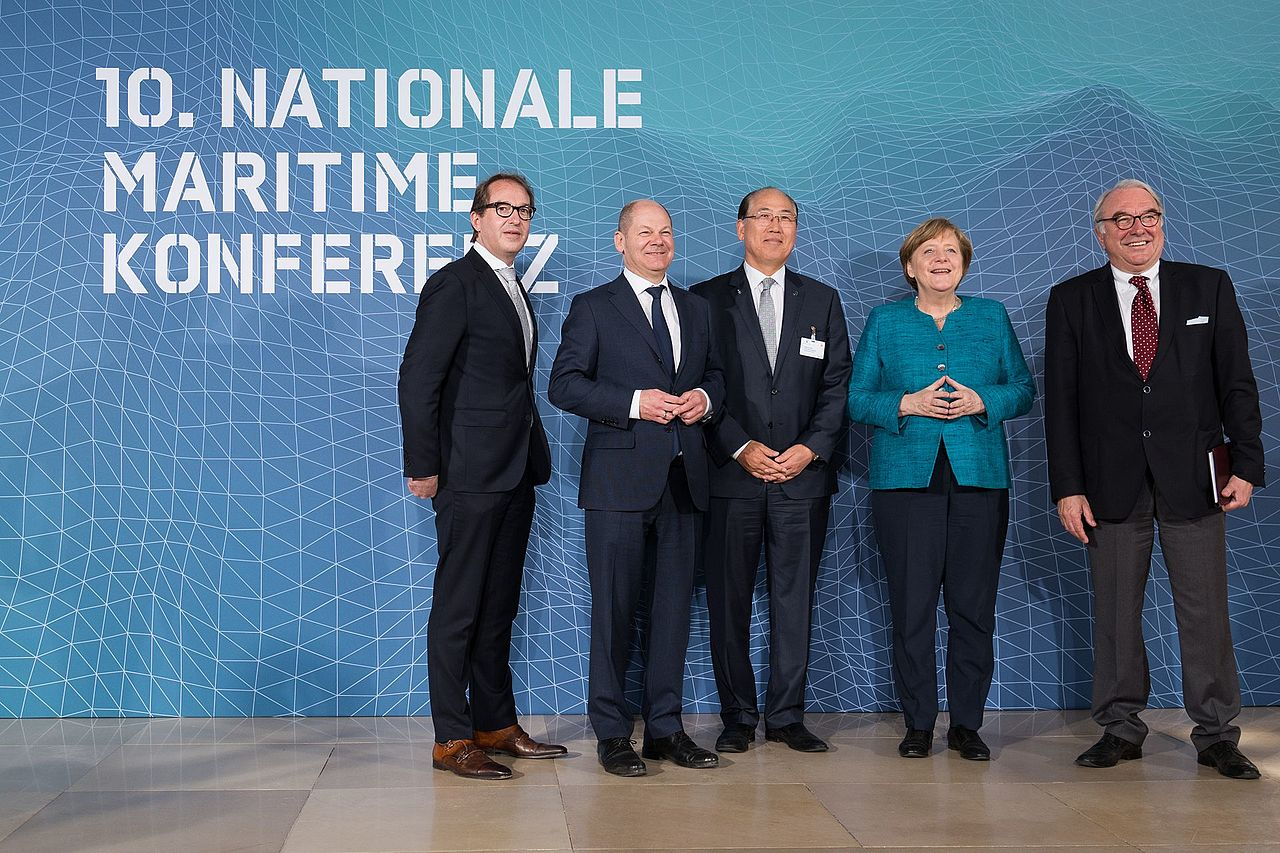 IMO at German National Maritime Conference (33733329302).jpg