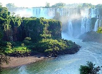 New7Wonders of Nature - Image: Iguazu Décembre 2007 Panorama 4