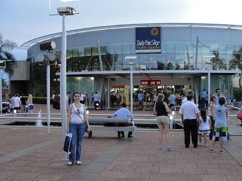 Compras e free shop na fronteira com a Argentina