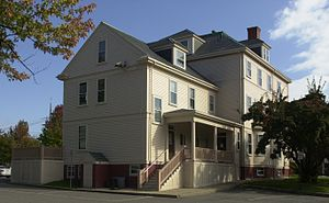 Immaculate Conception Rectory (Revere, Massachusetts) - Image: Immaculate Conception Rectory Revere MA 02