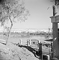 In de omgeving van Jericho. Zijaanzicht van het heiligdom met uitzicht op de Jor, Bestanddeelnr 255-5642.jpg