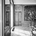 """Interieur, dubbele deur van de tapijtkamer, met deurstuk, naar de """"Kabouterkamer"""", op de begane grond, in de oudbouw - Middelburg - 20374745 - RCE.jpg"""