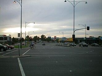 Nunawading, Victoria - Image: Intersection Nunawading 1