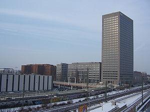 Investment Banking Center Frankfurt, Emser Brücke
