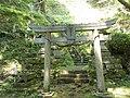 Iwaya-jinja San-no-torii.jpg