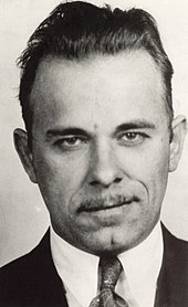 http://upload.wikimedia.org/wikipedia/commons/thumb/a/ab/John_Dillinger_mug_shot.jpg/170px-John_Dillinger_mug_shot.jpg