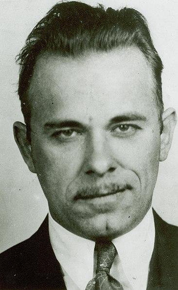 Dosiero:John Dillinger mug shot.jpg