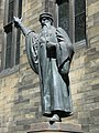 John Knox statue, New College - geograph.org.uk - 1340002.jpg