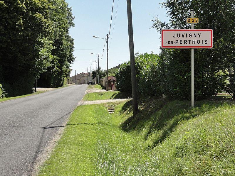 Juvigny-en-Perthois (Meuse) entrée