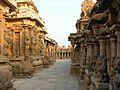 Kailasanatha Temple Corridor.JPG