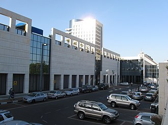 Ramat Aviv Mall - Entrance of the mall through Brazil Street