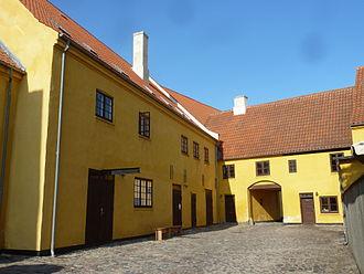 Kastrup Værk - In the central courtyard      =