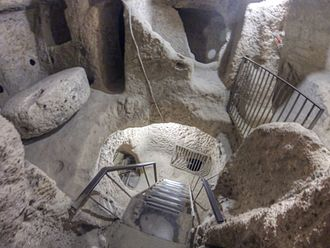 Kaymakli Underground City - A view showing several floors at once.