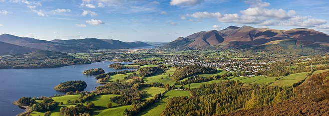 Skiddaw massif, seen from Walla Crag in the Lake District Keswick Panorama - Oct 2009.jpg