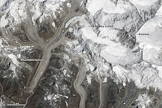 2014 Mount Everest ice avalanche - Image: Khumbu glacier in relation to everest