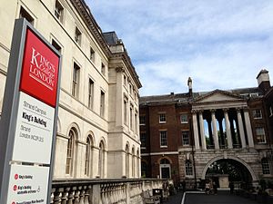 SES (universities) - Image: King's Building and Strand quad