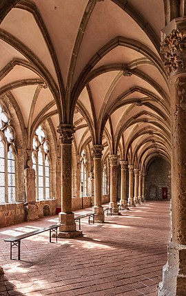 Double-nave cloister