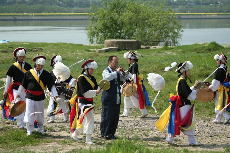 Korean music-Nongak-03.jpg